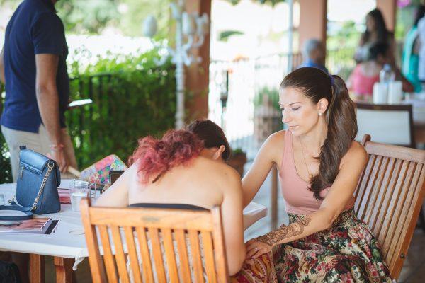 Mehndi in Mallorca. Indian Bride